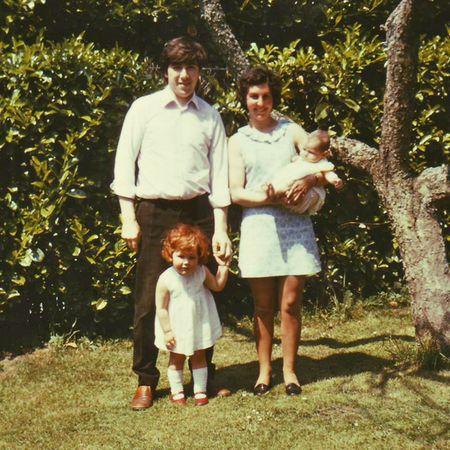 Family Broomfield 1975 Me baby, 'Nevis'-web